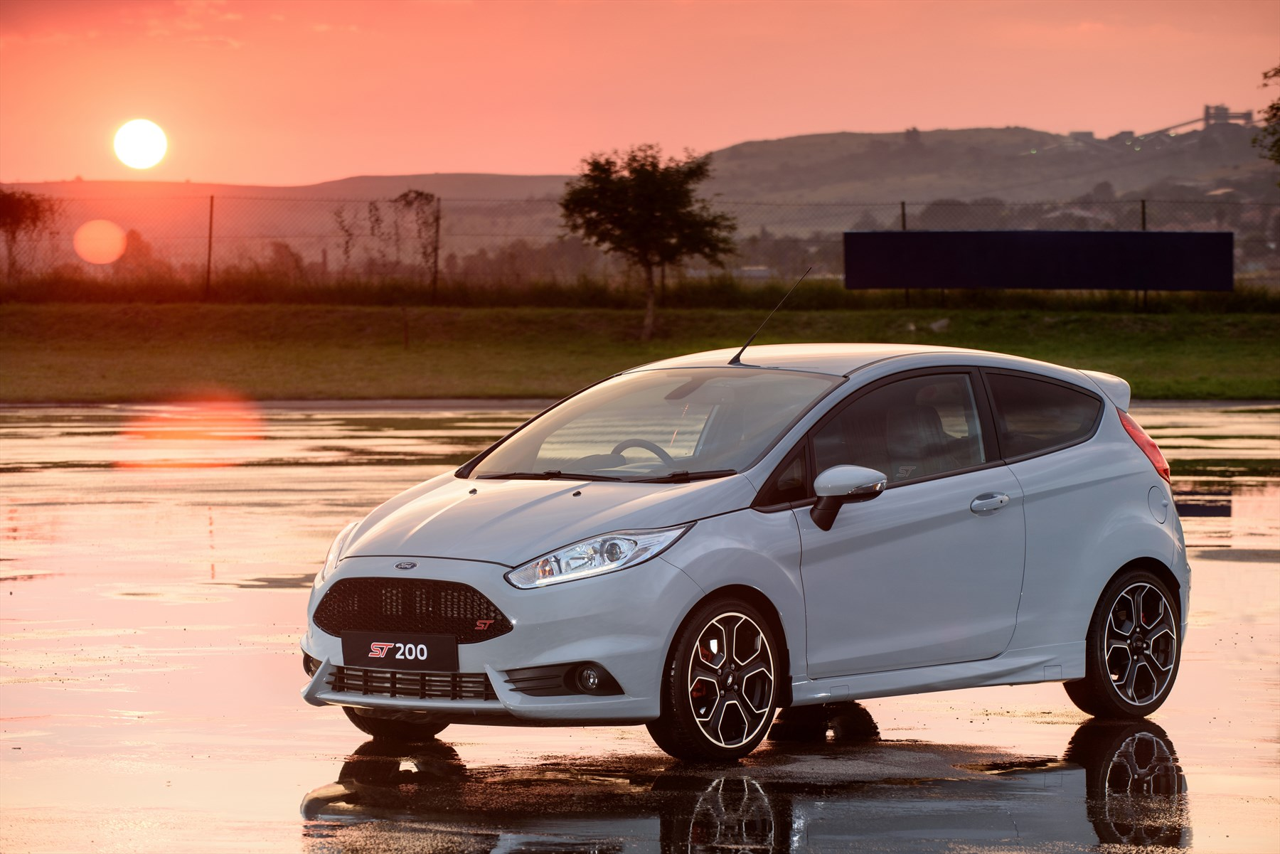 best of the breed special edition ford fiesta st200. Black Bedroom Furniture Sets. Home Design Ideas