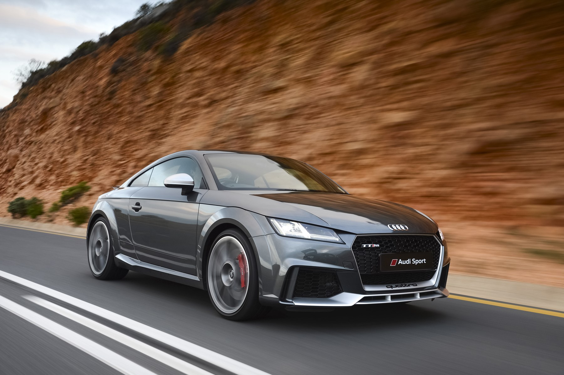 Audi Tt Rs >> More Powerful Than Ever The New Audi Tt Rs Coupe